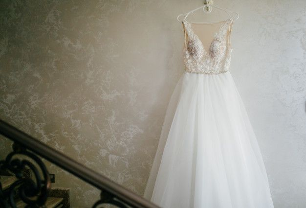 سفارش دوخت لباس عروس